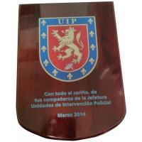 Metopa grande con escudo impreso a color